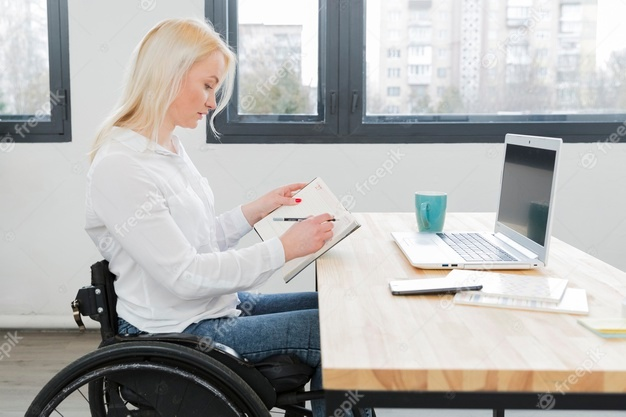 Woman student using wheelchair